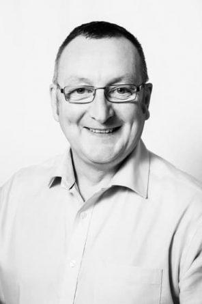 Douglas Thornton headshot